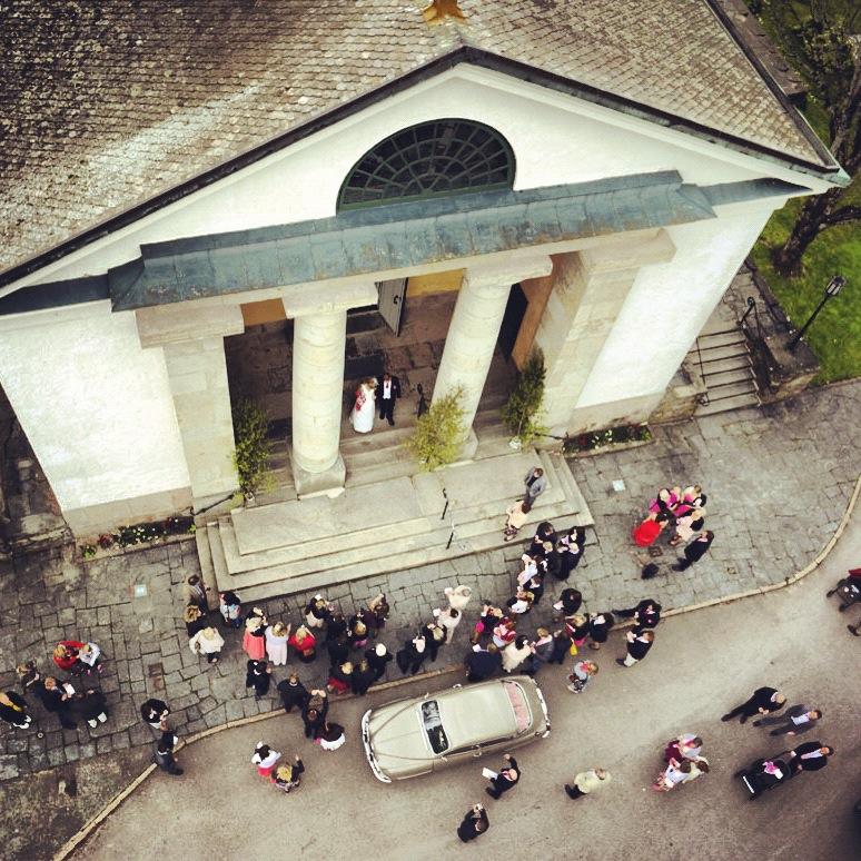 Utgång från kyrkan sett från ovan